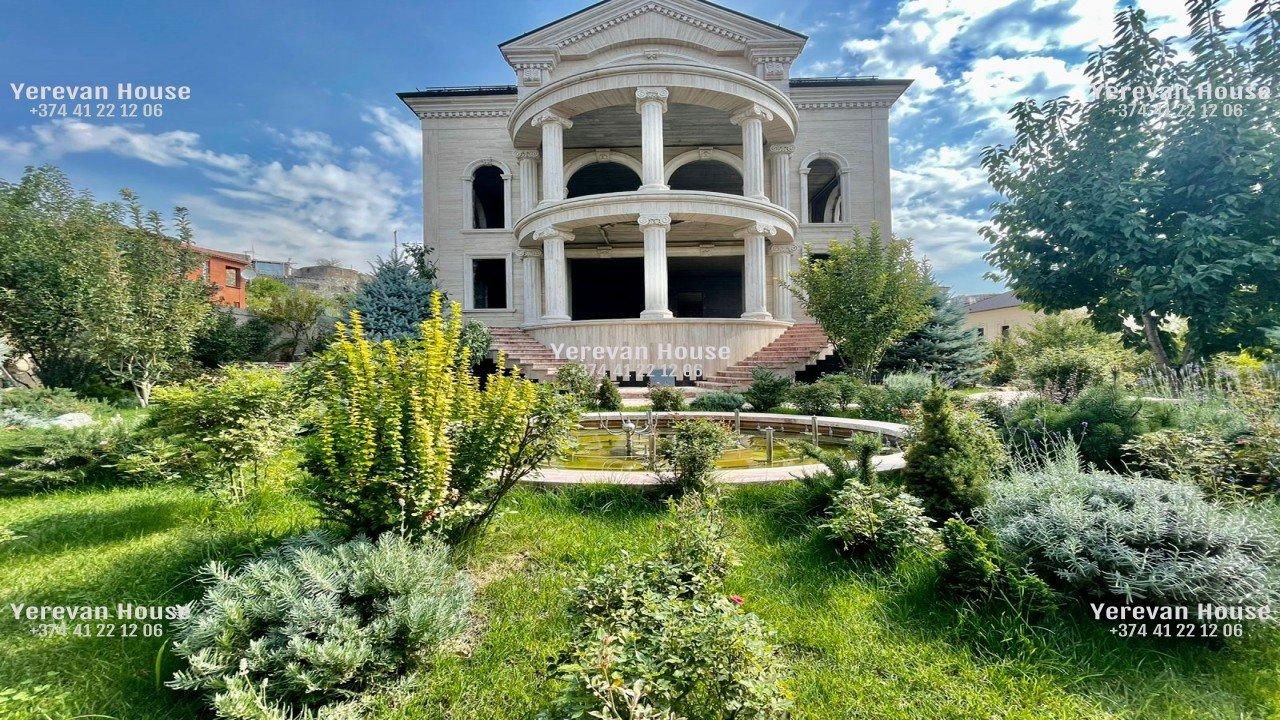 Ազատ նախագծով Շքեղ Առանձնատուն, 1428քմ, Լողավազանով, Ավտոտնակով